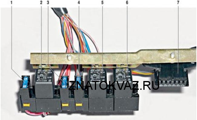 Реле бензонасоса ваз 21099 инжектор где находится