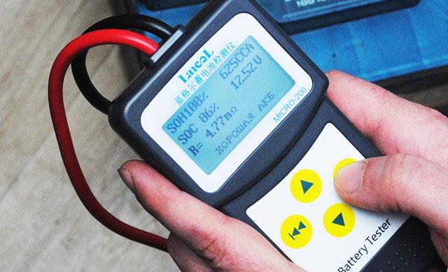 Тестер работоспособности аккумулятора Lancol Micro-200